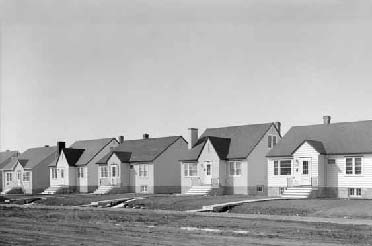 1940s - 50s housing under construction (Provincial Archives of Alberta WS983.1)