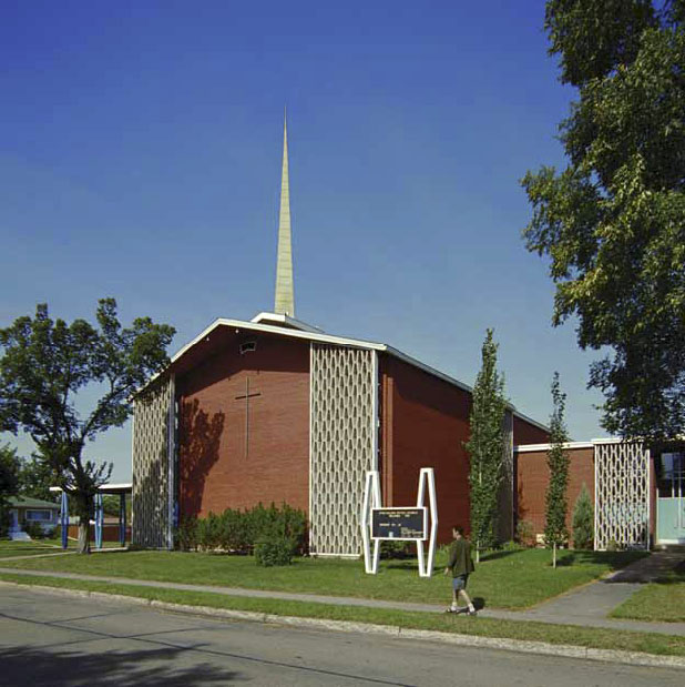 Strathearn United Church, photo by James Dow